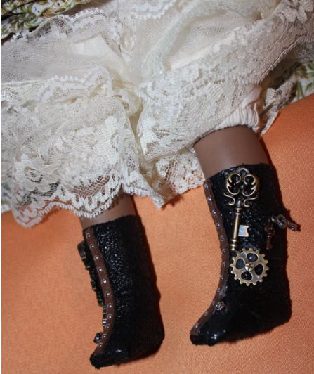 10-halloween-2016-boots